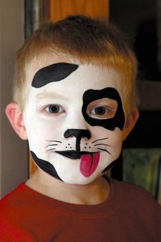 halloween-makeup-ideas-boys-kids-cute-black-white-puppy from: www.diy-enthusias… Halloween Makeup for DIY Face Painting Ideas for Cute Halloween Makeup Ideas Face Painting Designs, Paint Designs, Body Painting, Dog Face Paints, Puppy Face Paint, Dalmation Makeup, Dog Makeup, Funny Makeup, Artistic Make Up