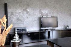 Pandomo W.  Zementöse Spachtelmasse, sehr gut formbar in Oberflächen, schleifbar und mit Steinöl versiegelbar. Speziell für Wohn- und Badbereich, seidige Oberflächenoptik.  In vielen Farben misch- und einsetzbar, Treppenhäuser, Wohnraum, Küchen und natürlich auch in Bädern zur Gestaltung gedacht. Flat Screen, Palette Knife, Floor Design, Wall Design, Wood, Homes, Flat Screen Display