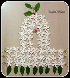 Simple Rangoli Designs Images, Rangoli Designs Flower, Colorful Rangoli Designs, Rangoli Ideas, Rangoli Designs Diwali, Flower Rangoli, Beautiful Rangoli Designs, Flower Designs, Rangoli With Flowers