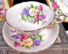 Paragon Tea Cup and Saucer Sweet Pea Floral Teacup Floral Cup & Saucer BR Tea Cup Saucer, Tea Cups, Happy Tea, Chai, Silver Tea Set, Vintage Cups, Teapots And Cups, Tea Service, Tea Time