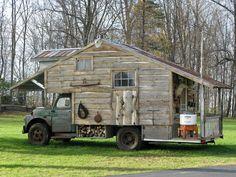 Cabin on wheels