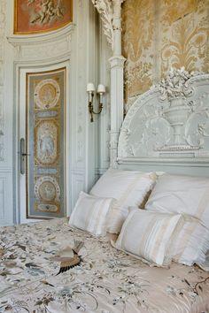 Delightful spaces on pinterest paris apartments - Maison ephrussi de rothschild ...