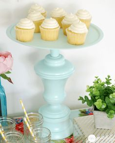18 DIYs And Makeovers That Prove Frugal Can Be Fabulous - One Good Thing by JilleePinterestFacebookPinterestFacebookPrintFriendly