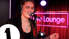 Indiana - Solo Dancing in the Live Lounge