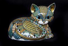 http://ceramic-artist.co.uk/gallery/51252_kitten-6/full/1