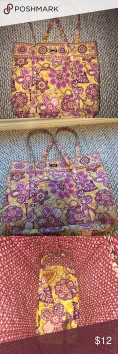 Vera Bradley tote bag Very cute and loved Vera Bradley tote bag! Can be machine washed and I can easily do it for you if you wish to buy! Perfect at fitting binders, clothes, and is easy to take around! Vera Bradley Bags Totes