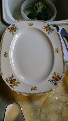 20+ platters and serving bowls