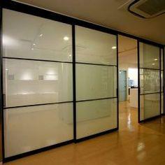 オーダーメイド ガラスドア「D+kuru(ディークル)」 建具・壁