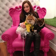 An article about Orostani Couture – A unique and luxury Pet Fashion Designer on Dogsized.com