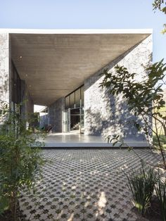 Gallery of MA House / Cadaval & Solà-Morales - 22