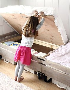 Little Girls Shared Bedroom Small Space Makeover is part of Kids bedroom Small - Find inspiration in this little girls shared bedroom, and turn even the smallest space into a bright, cottage fresh retreat My New Room, My Room, Kid Spaces, Small Spaces, Small Rooms, Small Beds, Small Bathrooms, Eco Deco, Ideas Habitaciones