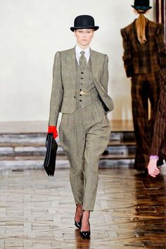 Who says only a man can rock a suit and tie!?!? Ralph Lauren effortlessly transformed this look for women!