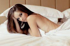 LOVE using sheets in boudoir shoots #boudoir