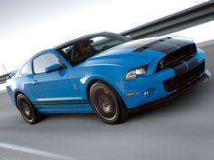Mustang Shelby GT500 no le veras ni el polvo
