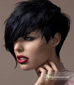 ROYSTON BLYTHE Kurze Schwarz weiblich Gerade Damen Asymmetrische Choppy Haircut Frisuren hairstyles