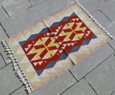 http://www.ebay.com/itm/Anatolia-Turkish-Rug-25-X-38-Hand-Woven-Wool-Kayseri-Kilim-30-X-45-/261357115493?pt=US_Area_Rugs&hash=item3cda191865