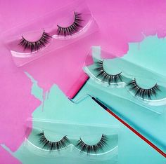 """61 Likes, 2 Comments - GirlsGoGlam✨#1 Mink Lashes (@girlsgoglamlashes) on Instagram: """"Be your own masterpiece and astonish✨ 🎨wearing our showstopping ultra fluttery & flirty🦋 layered…"""""""