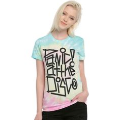 Hot Topic Panic! At The Disco Logo Tie Dye Girls T-Shirt ($19) ❤ liked on Polyvore featuring tops, t-shirts, summer tops, white fitted tee, white t shirt, logo tees and summer t shirts