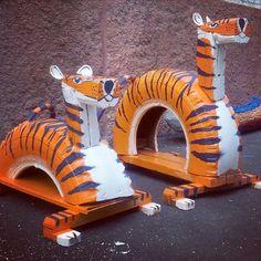 Reciclando neumáticos se pueden crear un sinfín de juegos para los niños, para que la diversión no termine nunca.