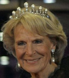 Tiara Mania: Antique Pearl Tiara worn by Princess Irene of the Netherlands, Dowager Duchess of Parma Royal Tiaras, Tiaras And Crowns, Queen Wilhelmina, Royal Jewelry, Jewellery, Dutch Royalty, Royal House, Crown Jewels, Royal Fashion