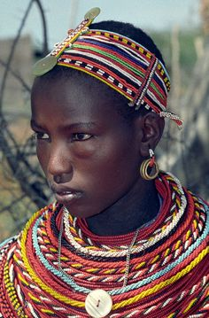 Africa | kenia.  Samburu girl.