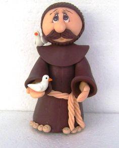 São Francisco de Assis Ste Claire, Rosary Prayer, Arts And Crafts, Diy Crafts, Cute Desserts, St Francis, Salt Dough, Paper Clay, Cold Porcelain