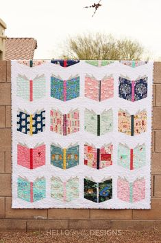 Book Nerd Quilt Cute Quilts, Scrappy Quilts, Baby Quilts, Patchwork Quilting, Children's Quilts, Shirt Quilts, Small Quilts, Quilting Designs, Quilting Projects