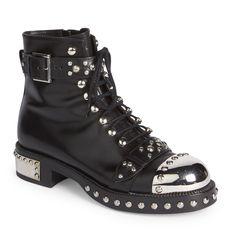 ALEXANDER MCQUEEN Studded Leather Moto Booties. #alexandermcqueen #shoes #all
