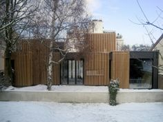 Casa con Marco de Madera / a + samuel delmas (Sèvres, Francia) #architecture