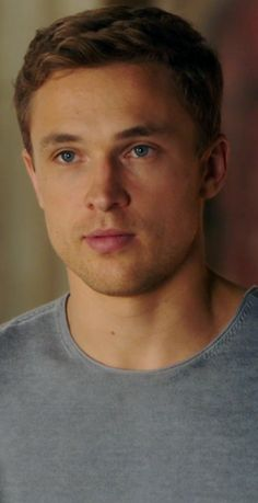 William Moseley, Narnia, Royals, Look, Crushes, Celebs, Livros, Rpg, Films