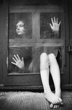 "hauntedbystorytelling: ""Olivia BEE :: Like ivory, self portrait, 2008 [original in color] "" Foto Portrait, Portrait Photography, Photography 101, Portrait Ideas, Creative Photography, Amazing Photography, Fashion Photography, Olivia Bee, Magritte"