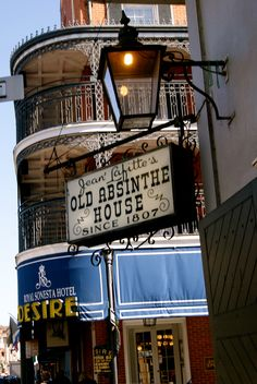 Old Absinthe House, New Orleans @Emily Davis we should go here!