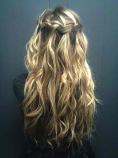 I love this waterfall braid. Katherine has the hair, I just need the know-how and the can-do.