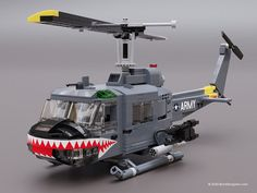 Smile, and the World Smiles with You Lego Avion, Legos, Lego Christmas Sets, Lego Plane, Lego Kits, Lego Army, Lego Ship, Lego Pictures, Amazing Lego Creations