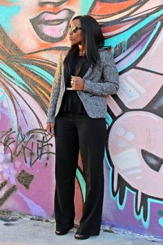 Curves and Confidence | Inspiring Curvy Women One Outfit At A Time: Black on Black
