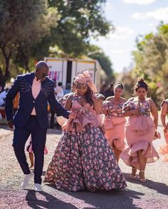 INDEED TRADITIONAL WEDDING DRESSES FOR WOMEN IN 2021 African Traditional Wedding Dress, Traditional Dresses Designs, African Fashion Traditional, Traditional Wedding Attire, Traditional Weddings, African Bridal Dress, African Wedding Attire, African Lace Dresses, African Attire