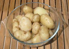 Zázračné hubnutí s vařeným bramborem: 100 g brambor má jen 75 kalorií - www.ČeskoZdravě.cz Detox, Vegetables, Fitness, Food, Masky, Essen, Vegetable Recipes, Meals, Yemek