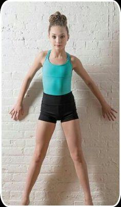 Maddie ziegler 726909196087345734 - Added by Dance Spirit Magazine: Dance Moms Maddie Ziegler Source by Hip Hop Outfits, Dance Outfits, Elastic Heart, Maddie And Mackenzie, Mackenzie Ziegler, Dance Moms Girls, Girl Dancing, Maddie Ziegler Chandelier, Martial