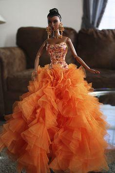 Via Veneto Adele  ~  Love that dress!!!