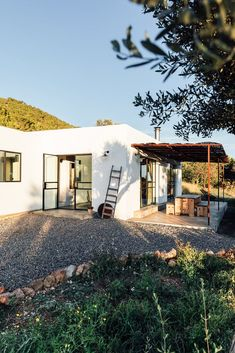Architect and creative entrepreneur Jurjen van Hulzen and his practices The Nieuw and Ibiza Interiors transformed an old abandoned warehouse into a dreamy loft Interior Photo, Home Interior, Architectural Design Studio, Architecture Design, Loft Design, House Design, Abandoned Warehouse, Moraira, Open Space Living