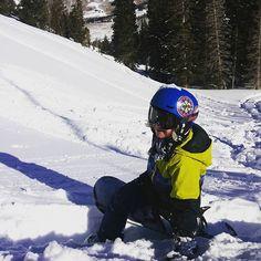 #earning #turns #sidecountry @brightonresort @teamutahsnowboarding @fourhorsemensales @burtonsnowboards #pow #bluebird #shred #snowboarding #grom