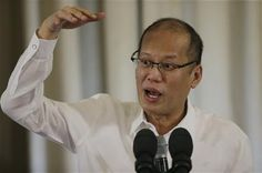 Philippine President Benigno Aquino III gestures as he answers questions from reporters during a press conference at the Malacanang Presidential Palace in Manila, Philippines Monday, June 1, 2015. (AP Photo/Aaron Favila) ▼1Jun2015AP|Philippine leader says charges will be filed in factory fire http://bigstory.ap.org/article/9291070f36644d478372cf7b0d81a932/philippine-leader-says-charges-will-be-filed-factory-fire