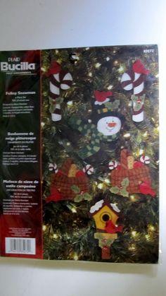 Folksy Snowman Christmas Felt Applique Ornament Kit 85272 Bucilla Makes 6 Sealed #Bucilla