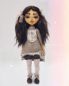 Я так полюбила больших кукол , они такие уютные , их приятно держать в руках ....  #doll #handmade #craft #кукла #кукларучнойработы #куклаизткани #текстильнаякукла #интерьернаякукла #ручнаяработа #своимируками #дочки #девочка #девочкитакиедевочки #дочкиматери #дочки