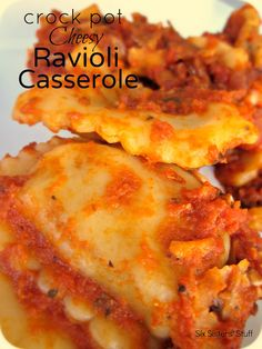 Crock Pot Cheesy Ravioli Casserole Recipe:  (Makes 10 1 1/2 cup servings)    Ingredients:  1 tablespoon olive oil  1 garlic clove, minced  2 (26 ounce) jars four cheese pasta sauce  1 teaspoon Italian seasoning  2 cups mozzarella cheese, shredded  1/2 cup onion, chopped  1 (15 ounce) can tomato sauce  2 (25 ounce) packages frozen beef ravioli