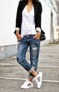 The thing about boyfriend jeans is that, (1) no male specimen is required, and (2) the aforementioned baggy jeans can be either trend or staple. Yet, if we're to act like respectable sartorials over here we might just look the truth straight in the eye and tell it like it is. Boyfriend jeans started offRead more
