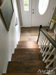 Raised Ranch Remodel Split Entry Decor 48 Ideas For 2019 Split Foyer Entry, Split Level Entryway, Entry Foyer, Front Entry, Split Entry Remodel, Split Level Remodel, Entryway Stairs, House Stairs, Wood Stairs