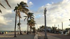 Another typical beach photo from #HollywoodBeach #FortLauderdale.
