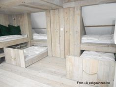 Cool sleeping attic in a summerhome in Knokke