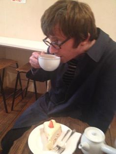 graham coxon CUTE!!